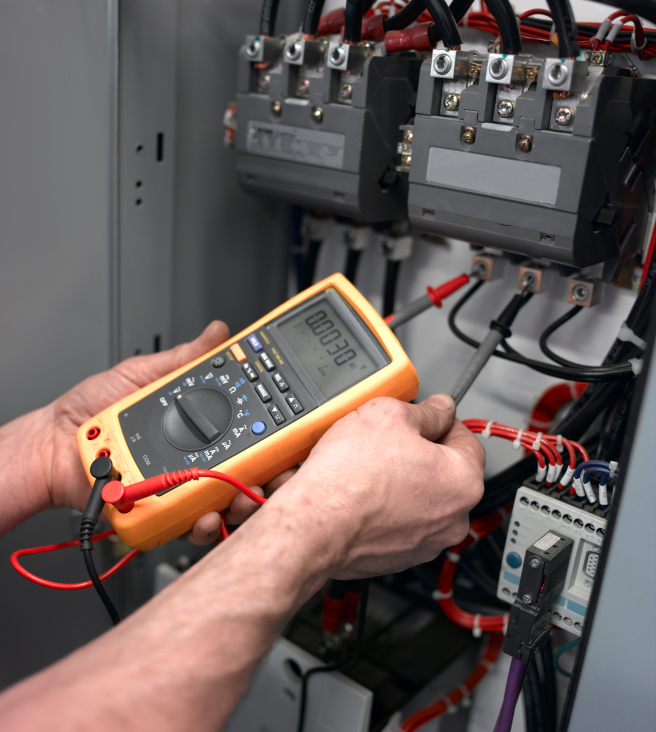 AC Testing Services - Commercial Power Solutions - Novi Michigan - voltagetest